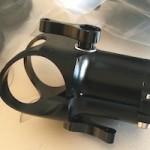 アルミ製の25mmパイプ T 型コネクターとキャップ到着